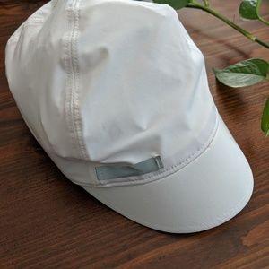 Lululemon white short running athletic cap hat